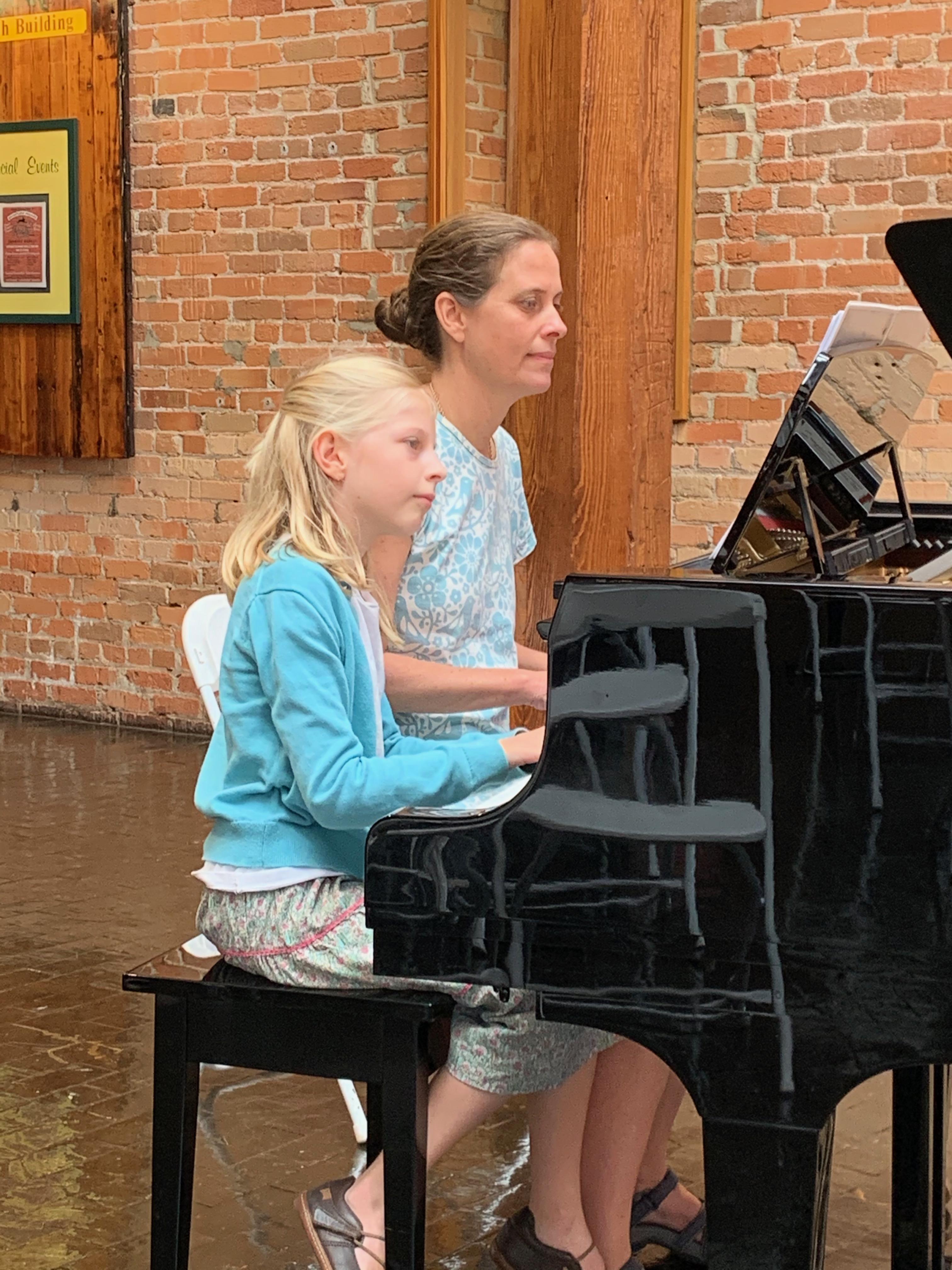 Annabel and her mother Erin Van Scoyoc